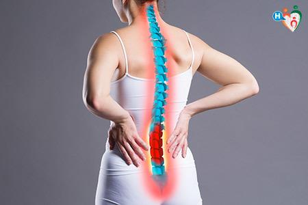 Immagine che mostra dolore nella zona lombare della schiena
