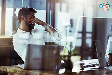Immagine che ritrae uomo stressato