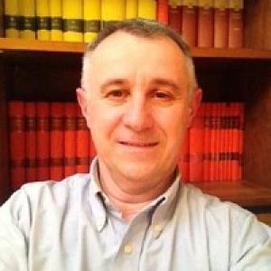 Ritratto fotografico del Dott. Renzo Scaggiante, infettivologo