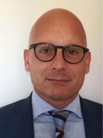 Fotografia che ritrae il Prof. Francesco Broccolo