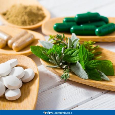 Immagine che ritrae rimedi naturali medicinali