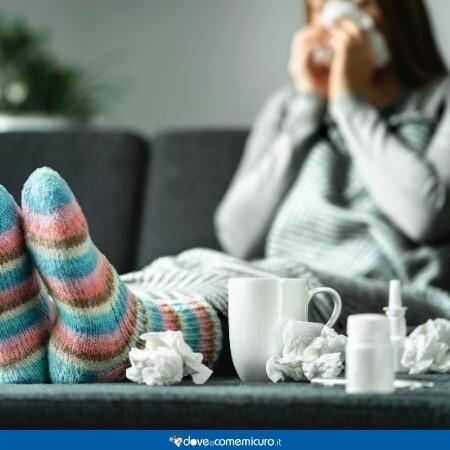 Immagine che rappresenta una persona con il raffreddore