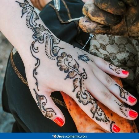 Immagine che rappresenta un tatuaggio allì'hennè