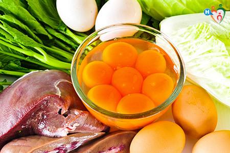 Cibi: uova, carne, verdura