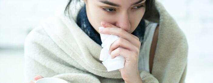 Combattere l'influenza? In aiuto zuppe, tisane e frutta