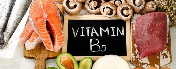 Vitamina B5 (acido pantotenico): struttura e funzioni