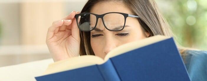Presbiopia: cause, sintomi e possibili terapie