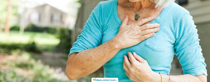 Dolore allo sterno: cause, traumi e rimedi