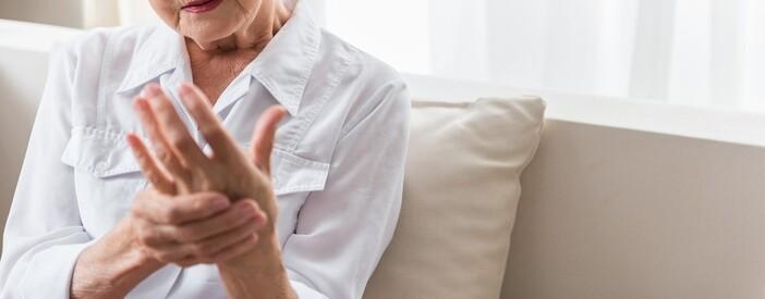 Dolore alla mano e alle dita: quali sono le cause?