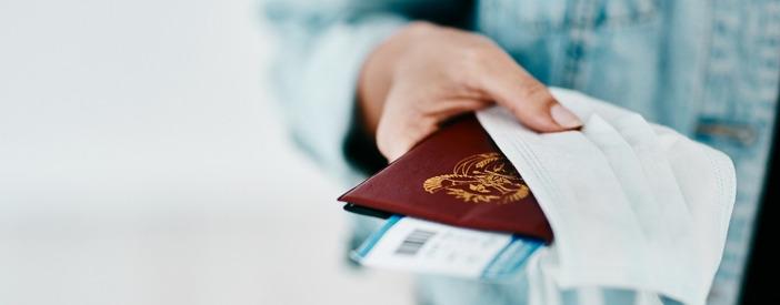 Viaggiare sicuri: pianificazione, vaccinazioni e assicurazione sanitaria