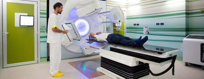 Radioterapia: trattamento all'avanguardia per la cura dei tumori alla prostata e al seno