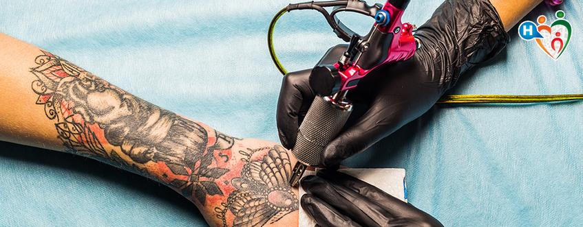 Tatuaggi e psoriasi, c'è relazione