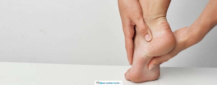 Dolore al piede: cause, sintomi e terapie