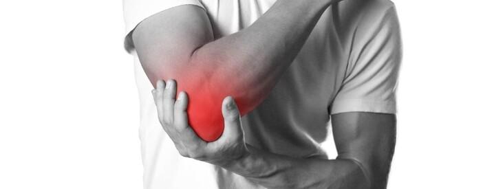 Gomito del tennista (epicondilite): sintomi, cura, esercizi