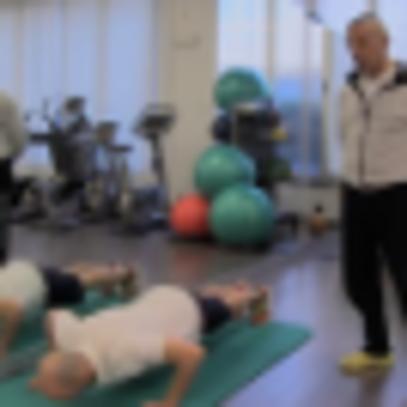 Fisioterapia: esercizio push-up